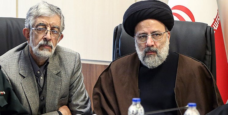 دکترحداد عادل: نیروهای انقلاب توان خود را برای پشتیبانی از آیت الله رئیسی به کار گیرند